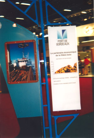 Information panels for the Port Autonome de Bordeaux stand